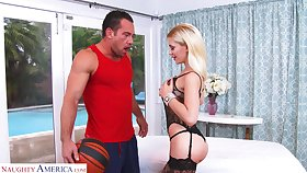 Killing hot babe Bibi Noel is fucked hard by hot blooded scrounger Johnny Castle