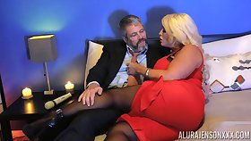 Kinky dude in pantyhose fucks bodacious woman Alura Jenson
