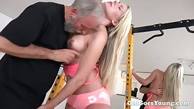 Horny blondie with sexy arse lets bearded man eat say no to wet pussy